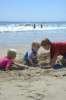 kids3_playing_beach